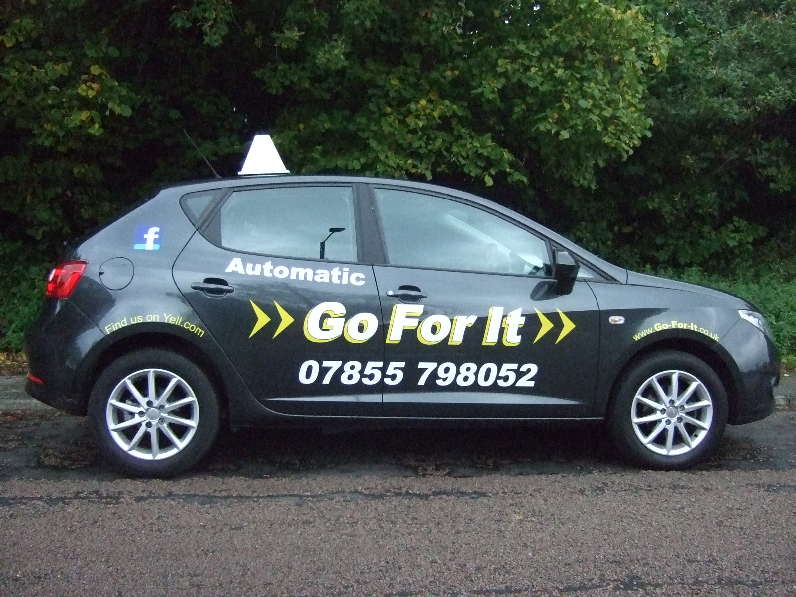 Automaict Driving Instructor in Sheffield